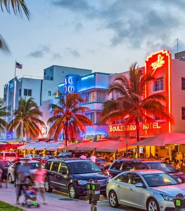 south-beach-miami-ocean-drive-neon-lights-1024x683