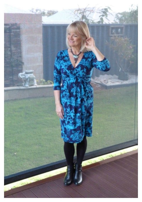 Love an easy to wear everyday dress - check out gorgeous Leona Edmiston frocks and dresses and reasons why you SHOULD wear a dress.