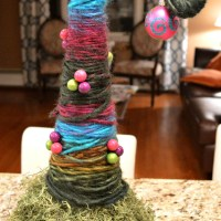 DIY Yarn Christmas Tree