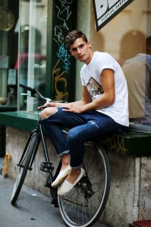 9259Jeansbike1076Web