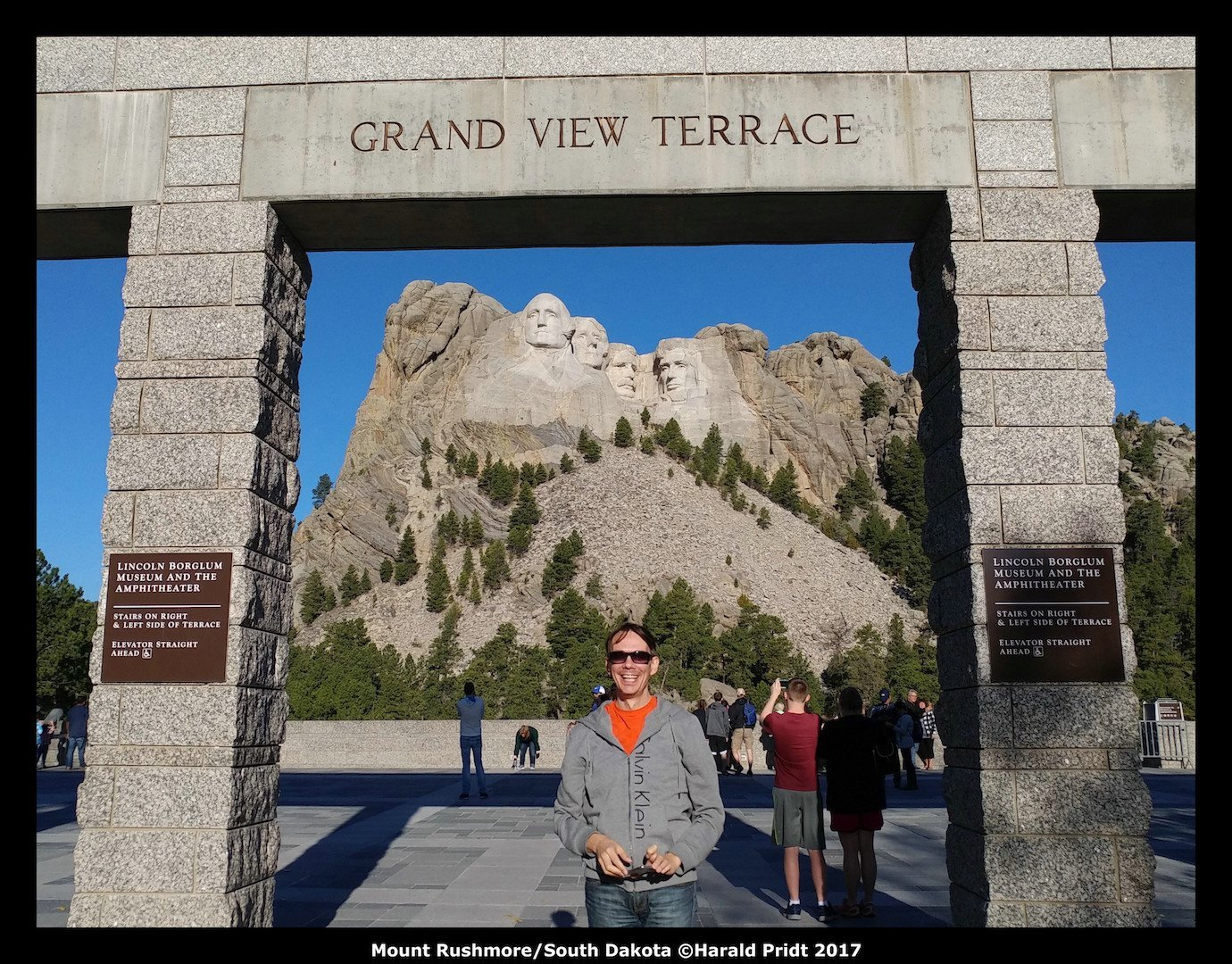 USA Road Trip Quer Etappen Mount Rushmore South Dacota Grand View
