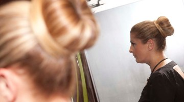 Come fare lo chignon in 5 minuti: video tutorial di Roberto Carminati