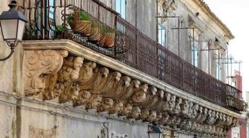 Palazzolo Acreide: perla del Barocco siciliano tra i Monti Iblei