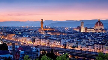 Vista di Firenze al tramonto da Piazzale Michelangelo