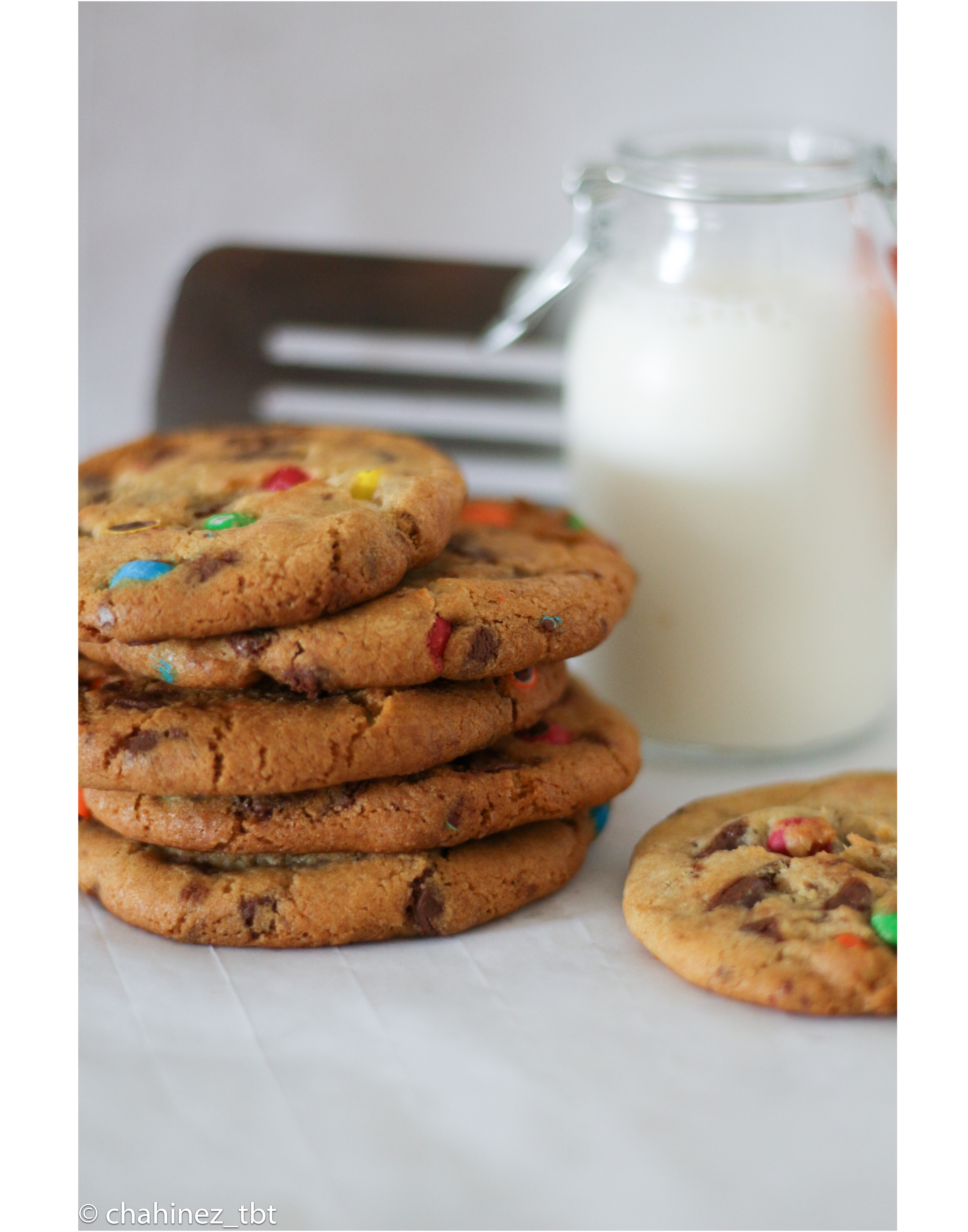 Homemade Chocolate chip and M&M's® cookies [Without brown sugar]
