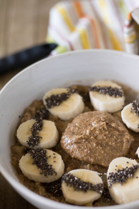 no sugar added banana oatmeal with nut butter and chia seeds