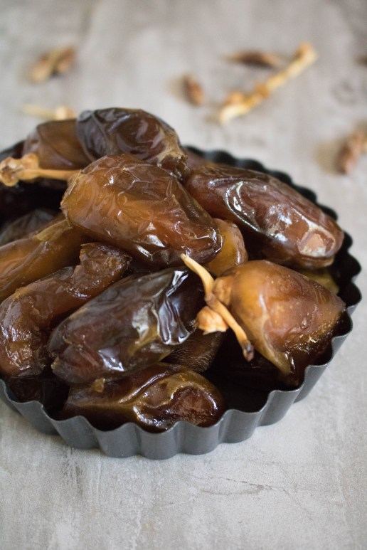 Deglet noor Dates for adaptogen bliss ball recipe