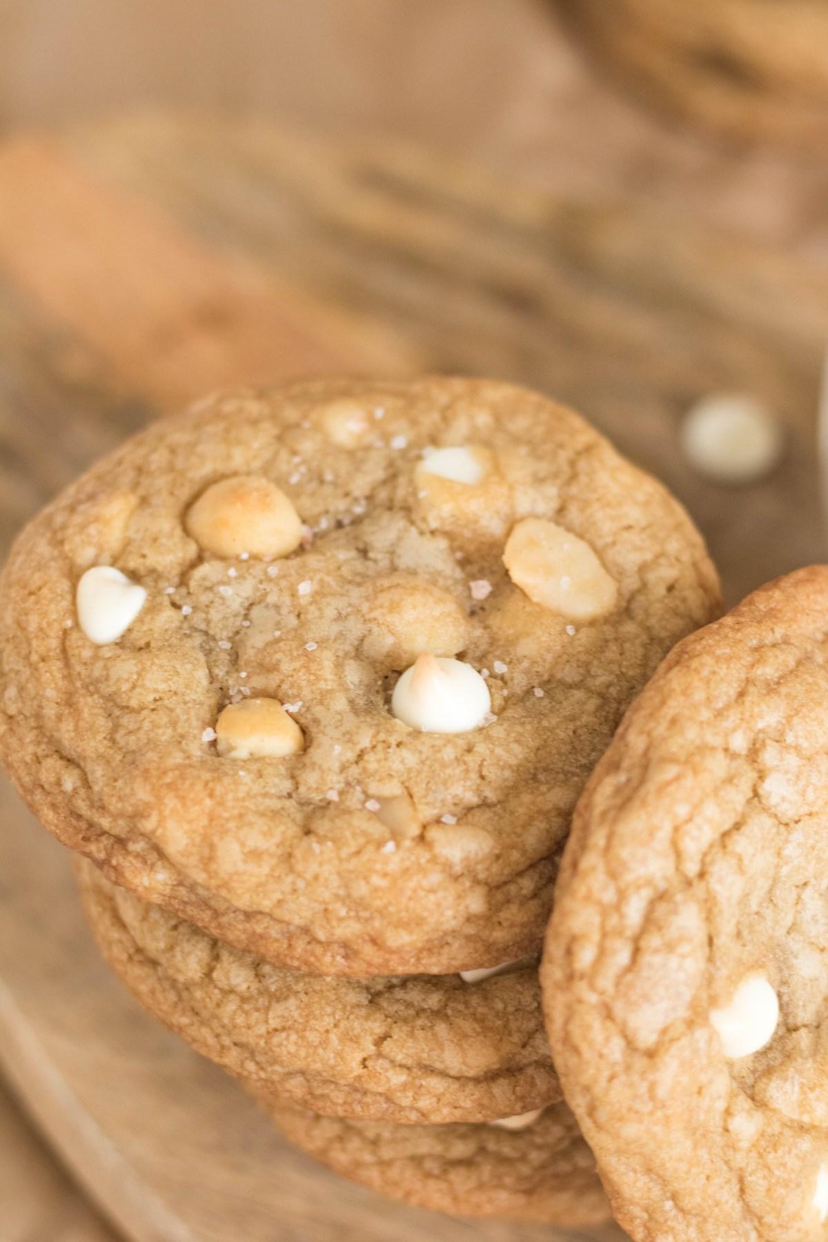 white chocolate macadamia cookies (11 of 29)