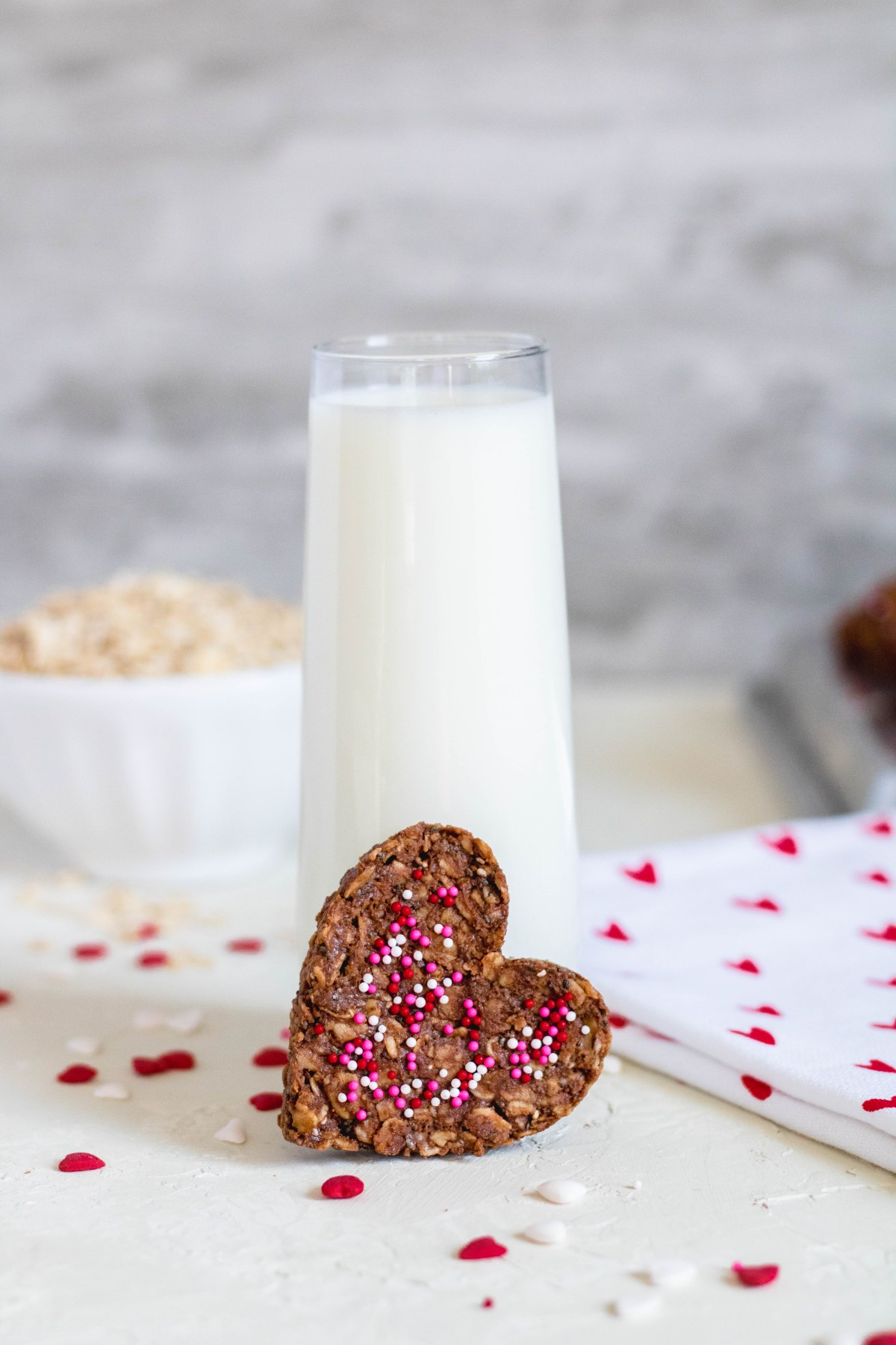 Healthy No Bake Cookies for valentine's day