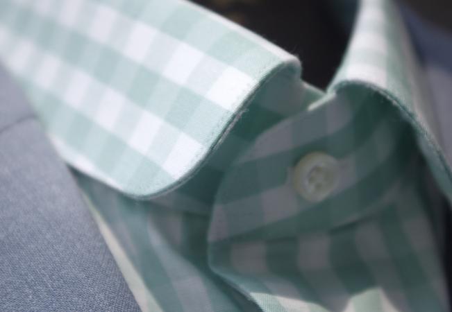 ミントグリーンチェック柄シャツ