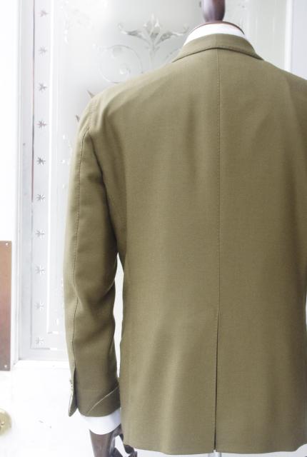 カシミヤジャケット バックスタイル