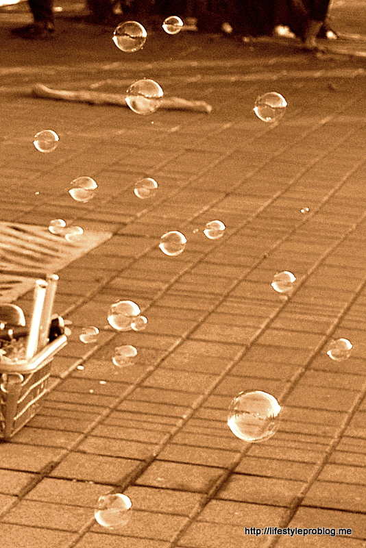 Bubbles Sepia