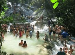 Jamaica Travel tips - Dunn's River Falls