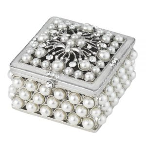 "Olivia Riegel Pearl <a target=""_blank"" href=""https://lifestylesgiftware.com/product/olivia-riegel-pearl-box/"" rel=""noopener noreferrer"">Trinket Box</a>"
