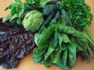 green leaves Vegetables is best to prevent breast cancer in women