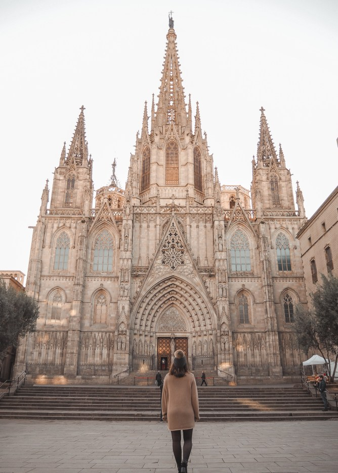 An Instagrammable Guide To Barcelona's Gothic Quarter   lifestyletraveler.co   IG: @lifestyletraveler.co