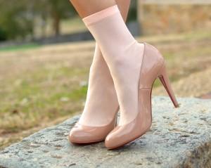 socken in high heels