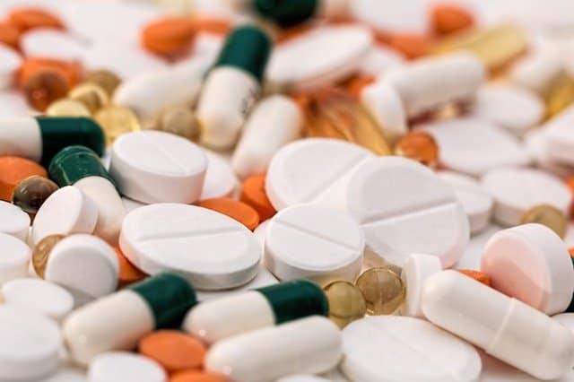 pile of pain pills