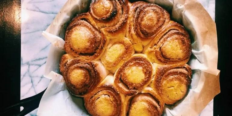 Cinnamon Buns Cake With Almond Paste and Vanilla Custard (Butterkaka)