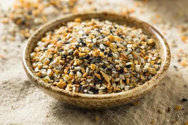 Raw Organic Everything Bagel Seasoning