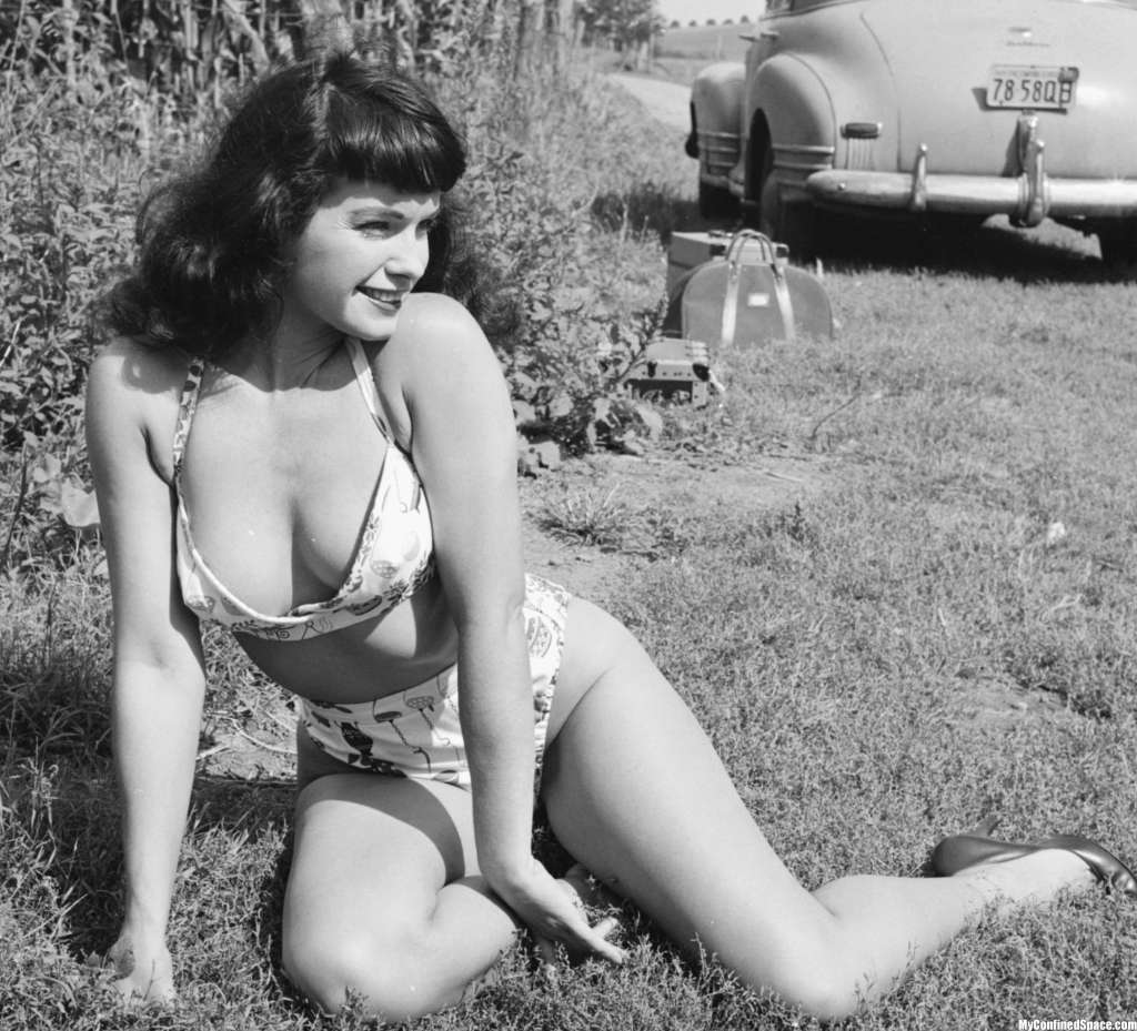 Bettie Page 11