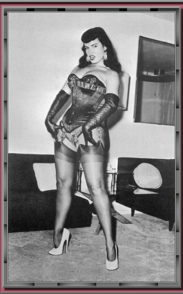Bettie Page 145
