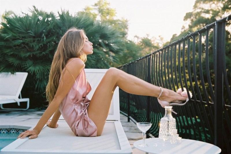 Avril Alexander 14