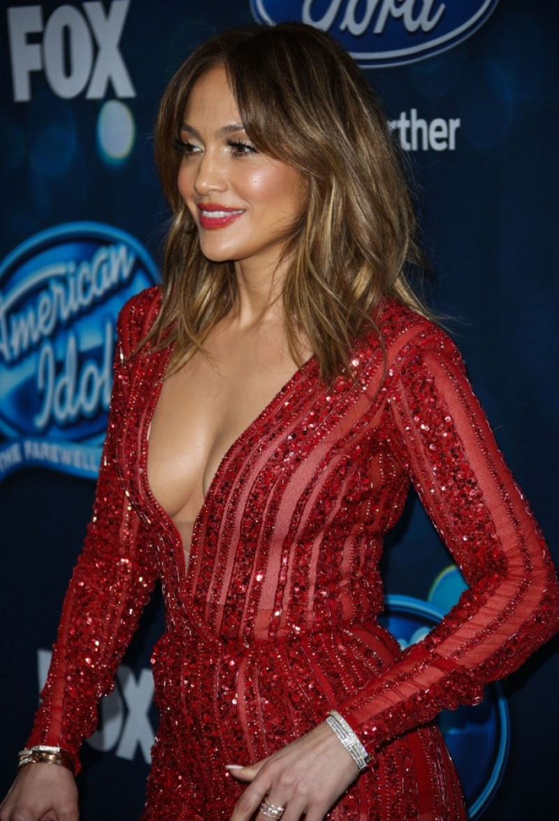 JENNIFER LOPEZ top body 14
