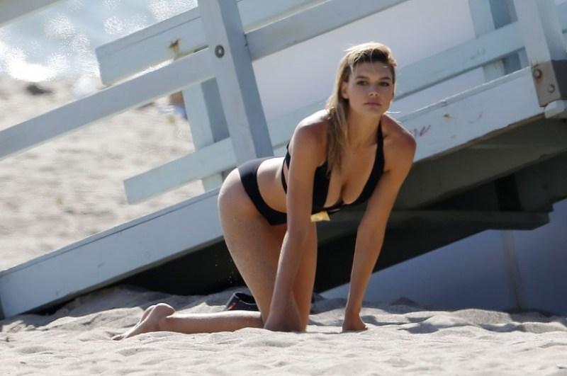 Kelly Rohrbach 25