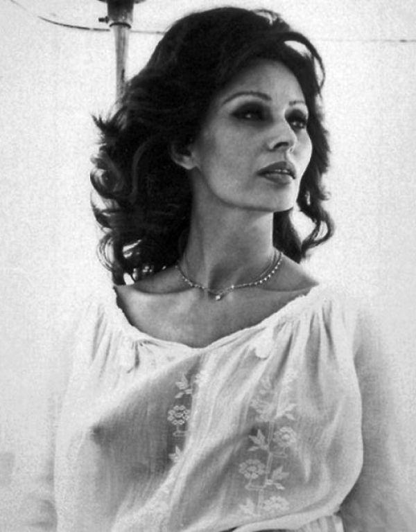 Sexy Sophia Loren 103