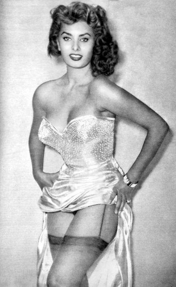 Sexy Sophia Loren 2