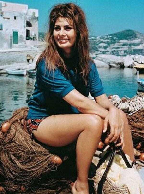 Sexy Sophia Loren 20