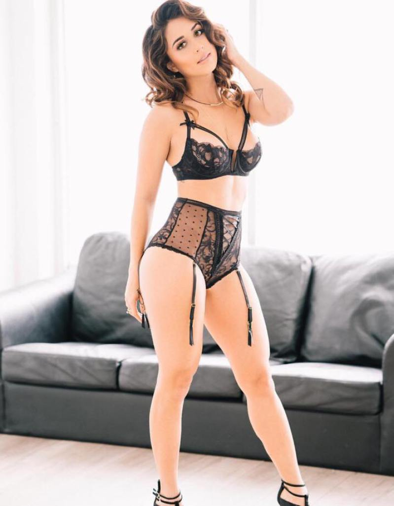 Tianna Gregory 65