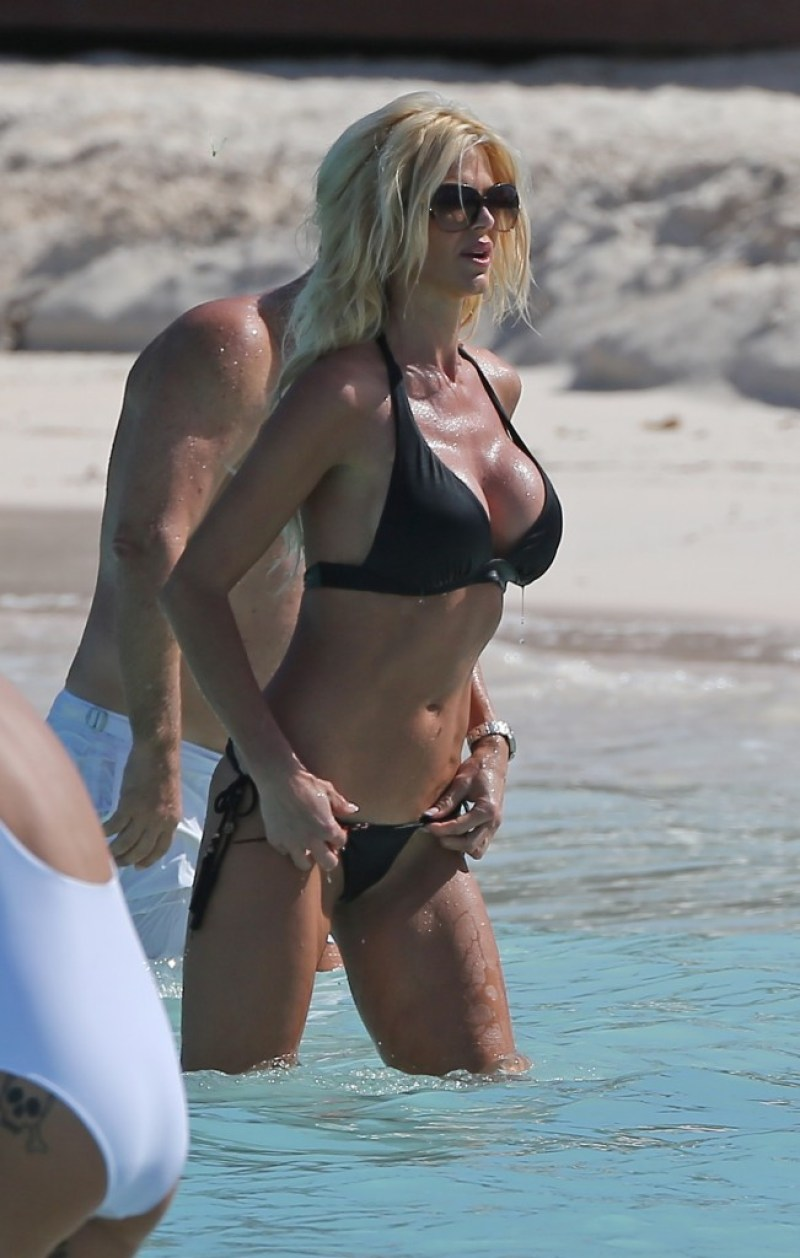 Victoria Silvstedt 9