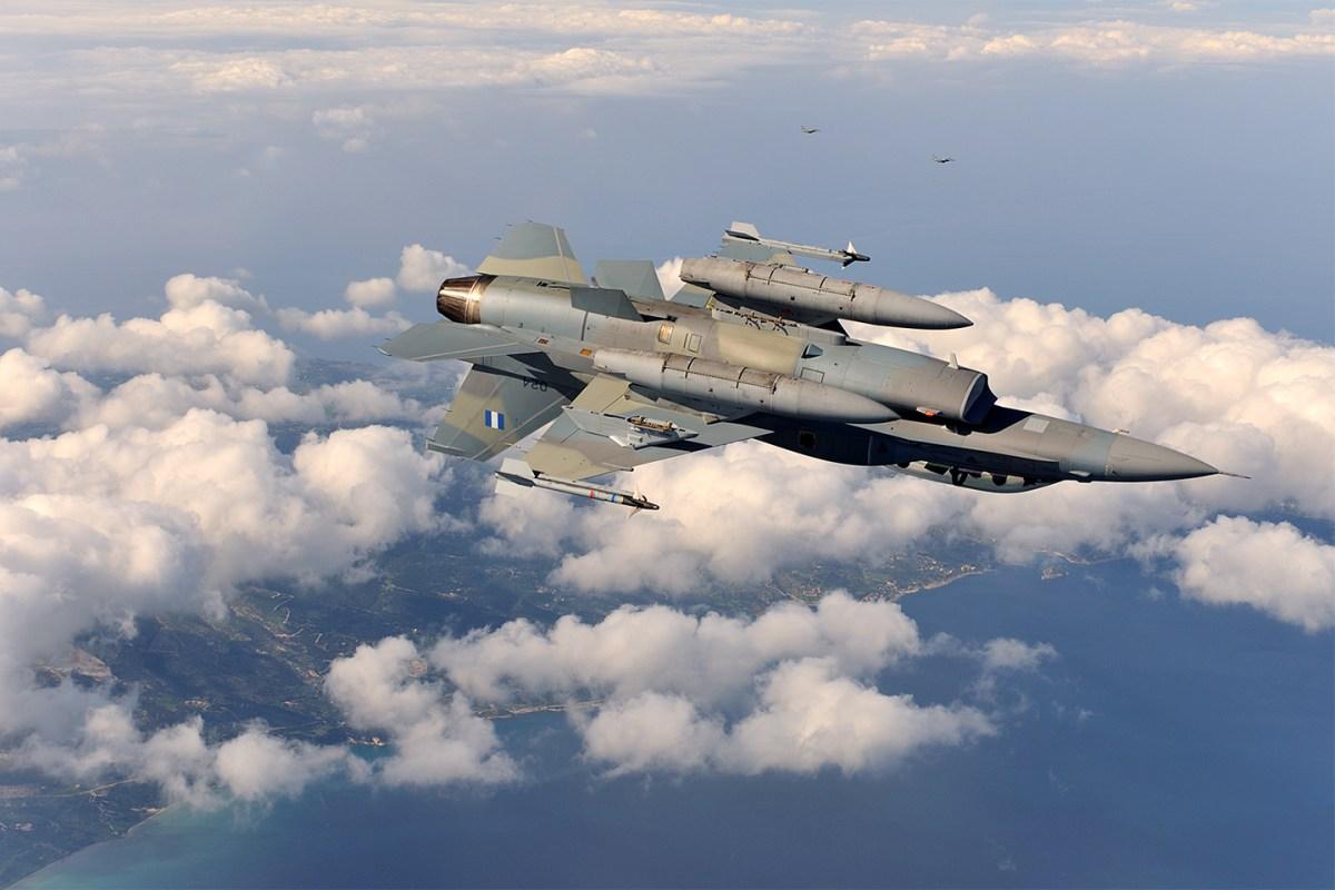 F_16_52+_adv_15