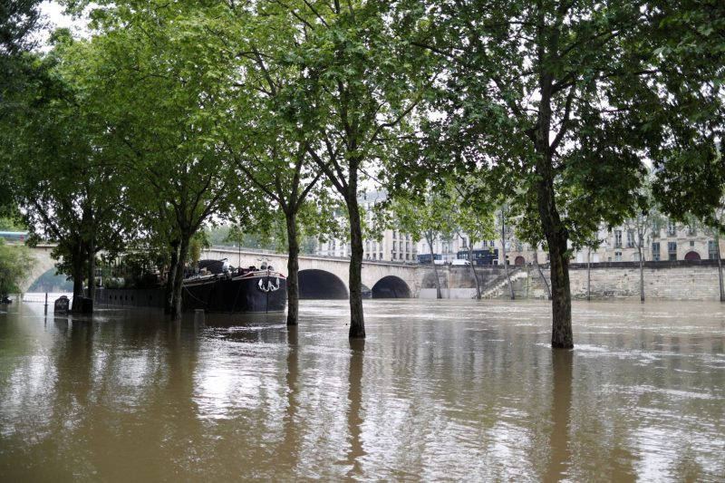 General view of the flooded river-side of the River Seine in central Paris with the 'Ile Saint-Louis' in the background, France, June 1, 2016. REUTERS/Charles Platiau