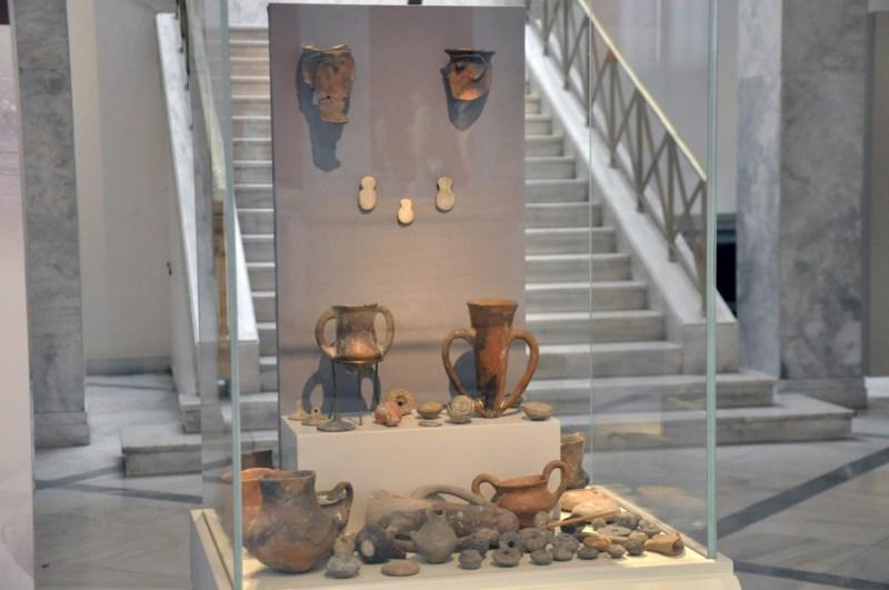 Μοναδικά ευρήματα του Ερρίκου και της Σοφίας Σλήμαν από την Τροία παρουσιάζονται στο Εθνικό Αρχαιολογικό Μουσείο.