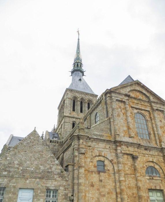 mont saint michel spire