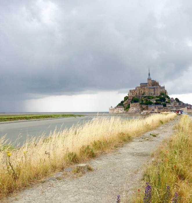 weekend trip to mont saint michel