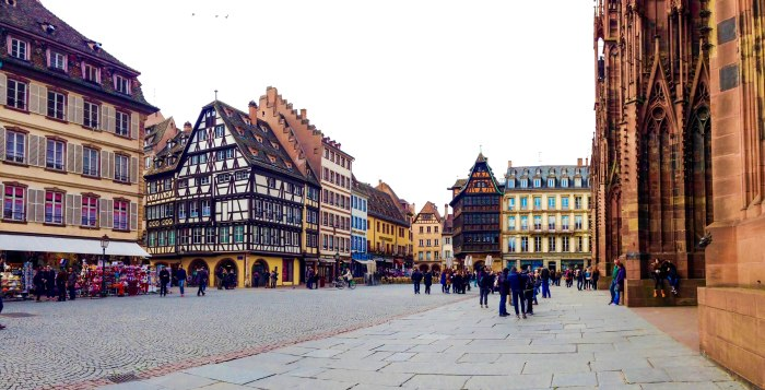 strasbourg cathedral square