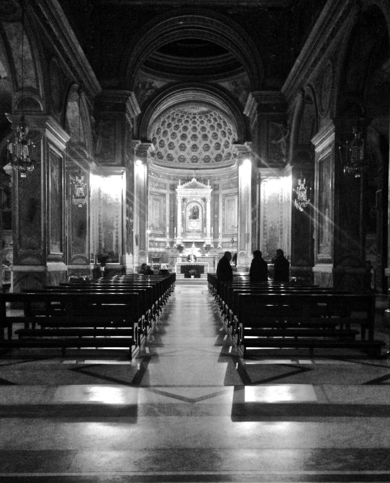 in-aquiro-church