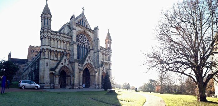 st-albans-cathedral-exterior-shot