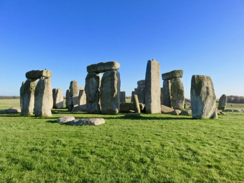 stonehenge-close-up