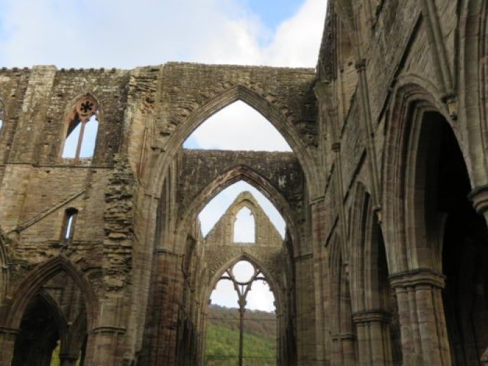 tintern abbey ruins south wales