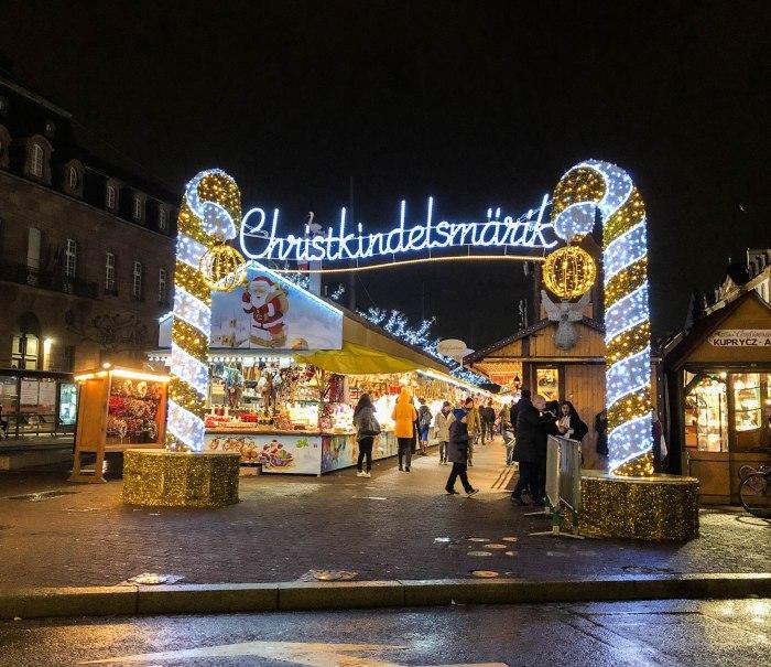 christkindelsmarik in strasbourg sign at place broglie