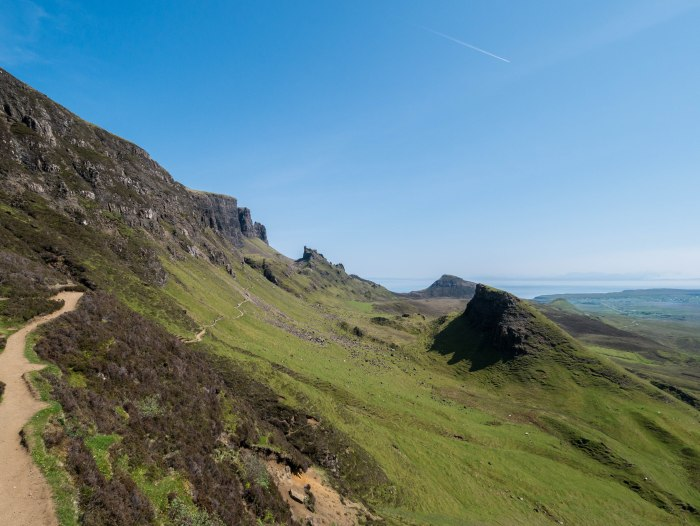 quiraing isle of skye narrow hiking path on a sunny day