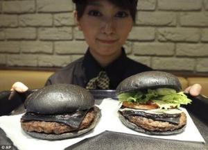 black burger, bamboo charcoal, bamboo