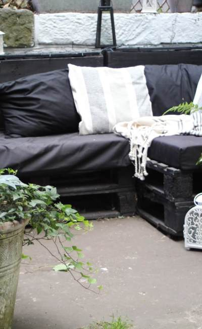 How to Make a Pallet Sofa – An Easy Tutorial