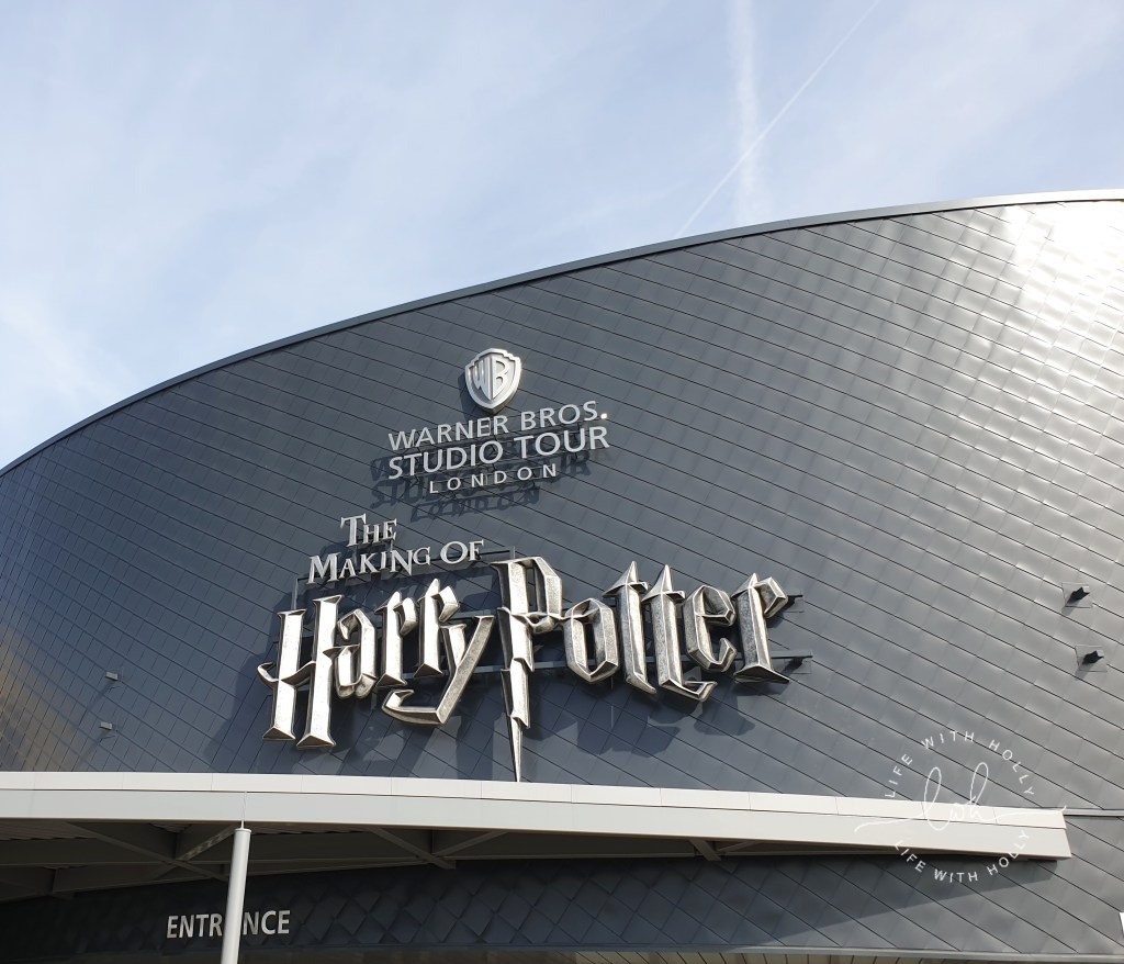 Harry-Potter-Studios-Tours-Tips-and-Advice-for-Getting-the-Most-Out-of-Your-Trip-by-Life-with-Holly