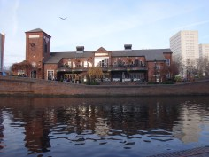 Pub on the Canal